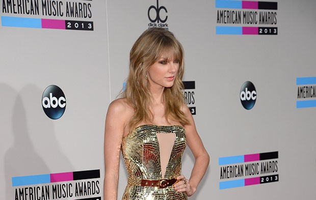 Taylor Swift Is Kind Of Obsessed With Metallics