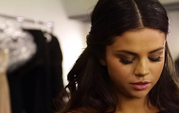 Selena Gomez Shares Emotional AMAs Rehearsal Footage