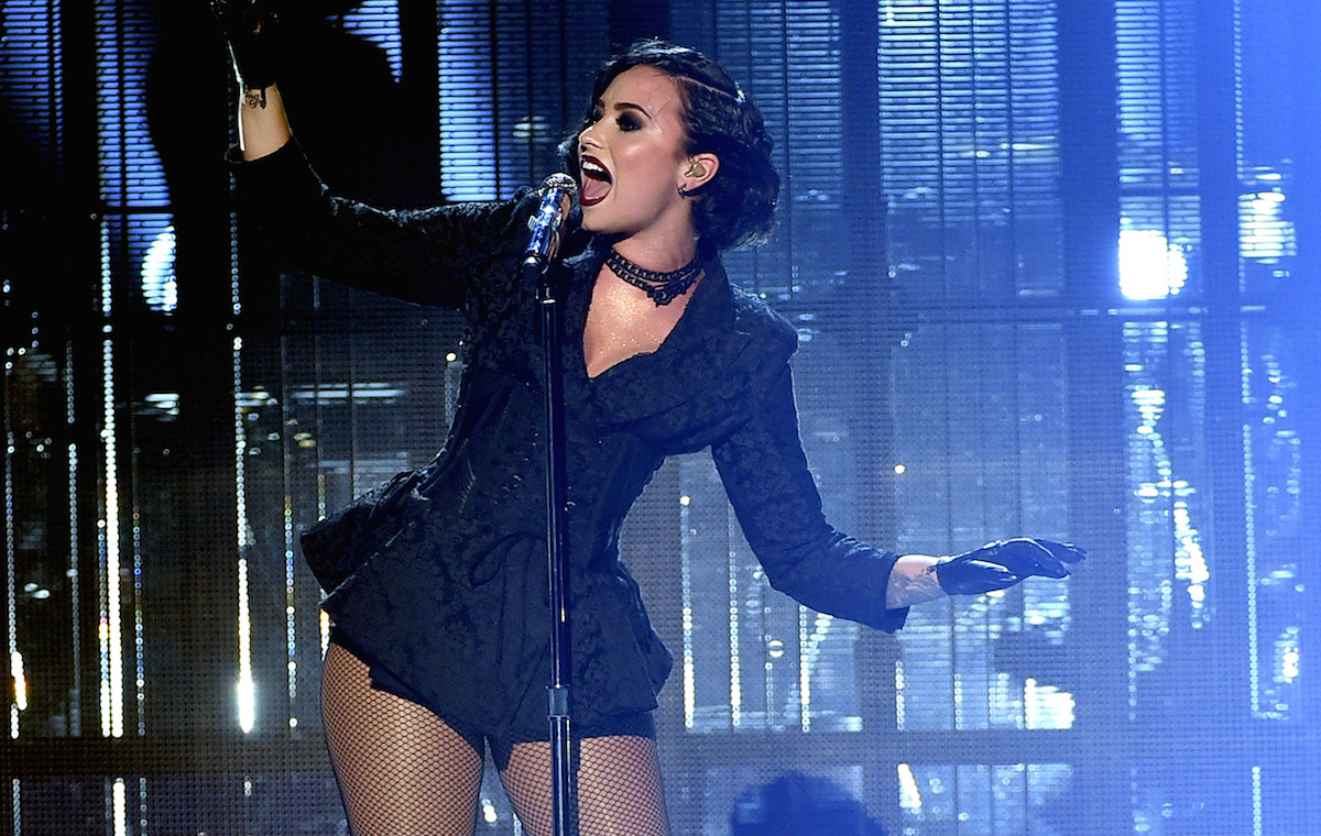 Demi Lovato Crushed Amas Performance American Music Awards