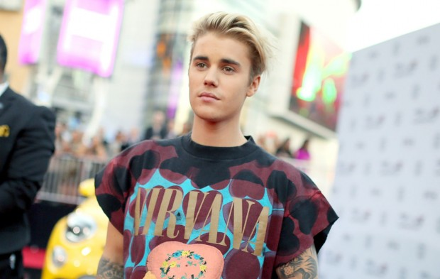 Fans On Twitter Celebrate Justin Bieber's Night at the AMAs