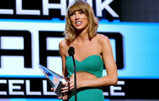 Taylor Swift and the AMAs: A Love Story