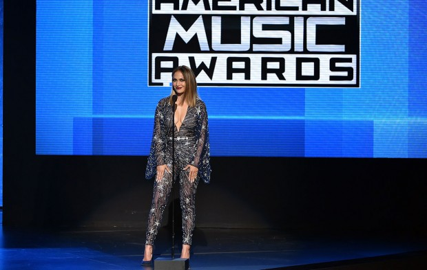 How Do You Rank Host Jennifer Lopez's AMAs Outfits?
