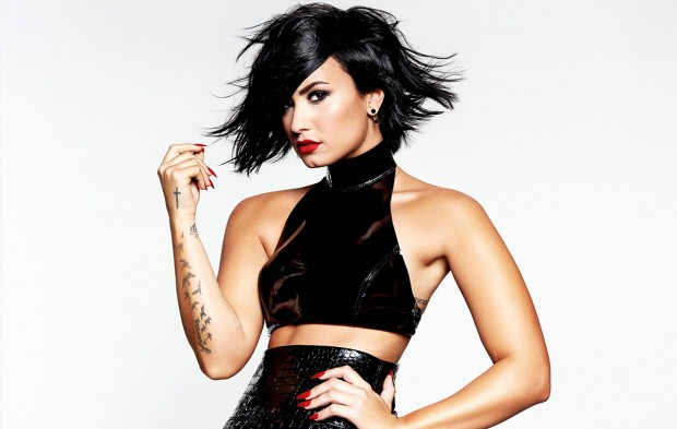 Demi Lovato to Perform on New Year's Rockin' Eve
