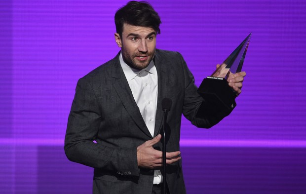AMAs New Artist Winner Sam Hunt Recognized by ACCAs