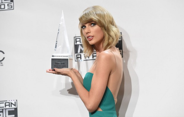 AMAs Winners Who Won Big at the 2016 Grammys