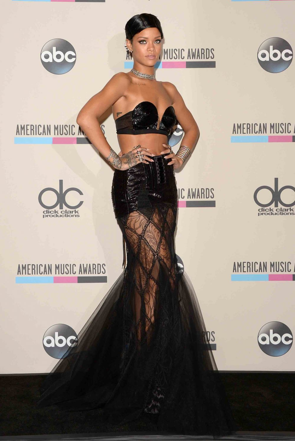 Poll Best Amas Red Carpet Moments Of All Time American