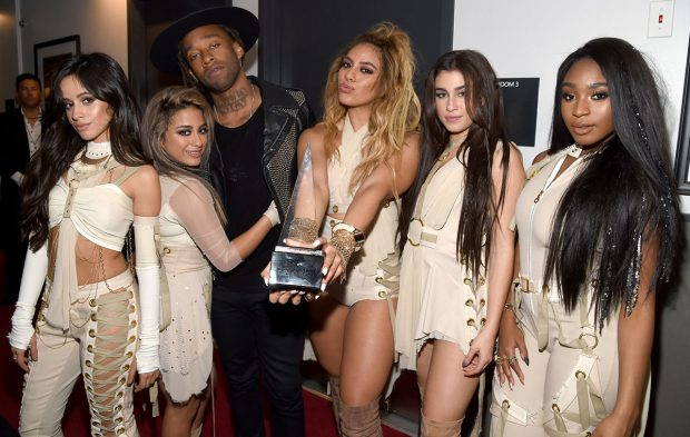Behind-the-Scenes of the 2016 American Music Awards